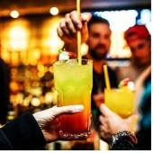 Drink colorati e sfiziosi  con cannucce di pasta 100% biodegradabili, ideali per ogni tipo di cocktail,per rendere più originale il vostro aperitivo🍹🍸 Per info o acquisti contattaci in DM💌 O al numero whatsapp 3332624851📲  #cannuccedipasta #pastastrow #picoftheday #plasticfree #photography #pastaritje #cocktails #aperitivo #aperitif #straws # summer #friend